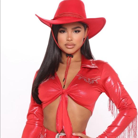 Wild West Cowgirl 3 Piece Costume Set & Hat! - Red